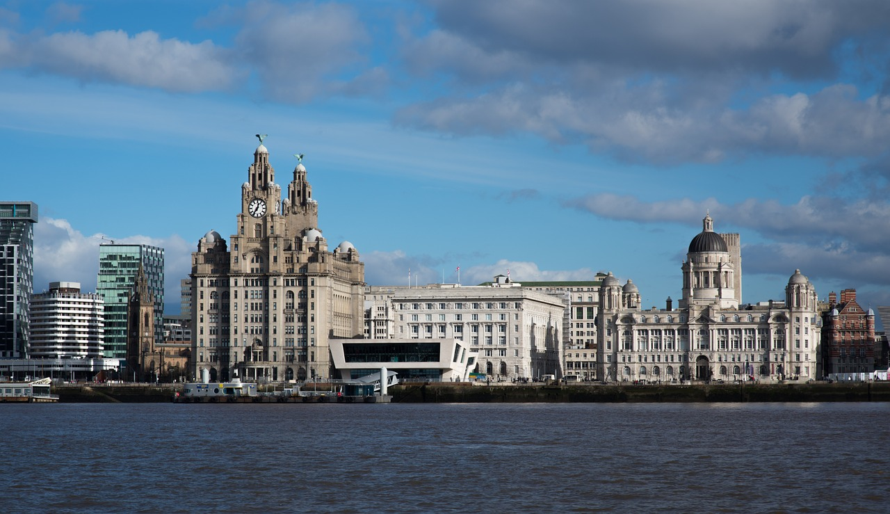 liverpool office cleaners